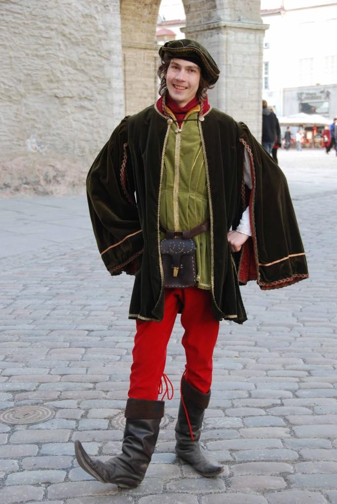 Joven medieval en tallín. Copyright Hernando Reyes