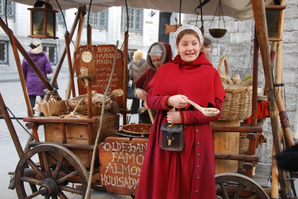 Vendedora de almendras y cacahuetes. Copyright Hernando Reyes.