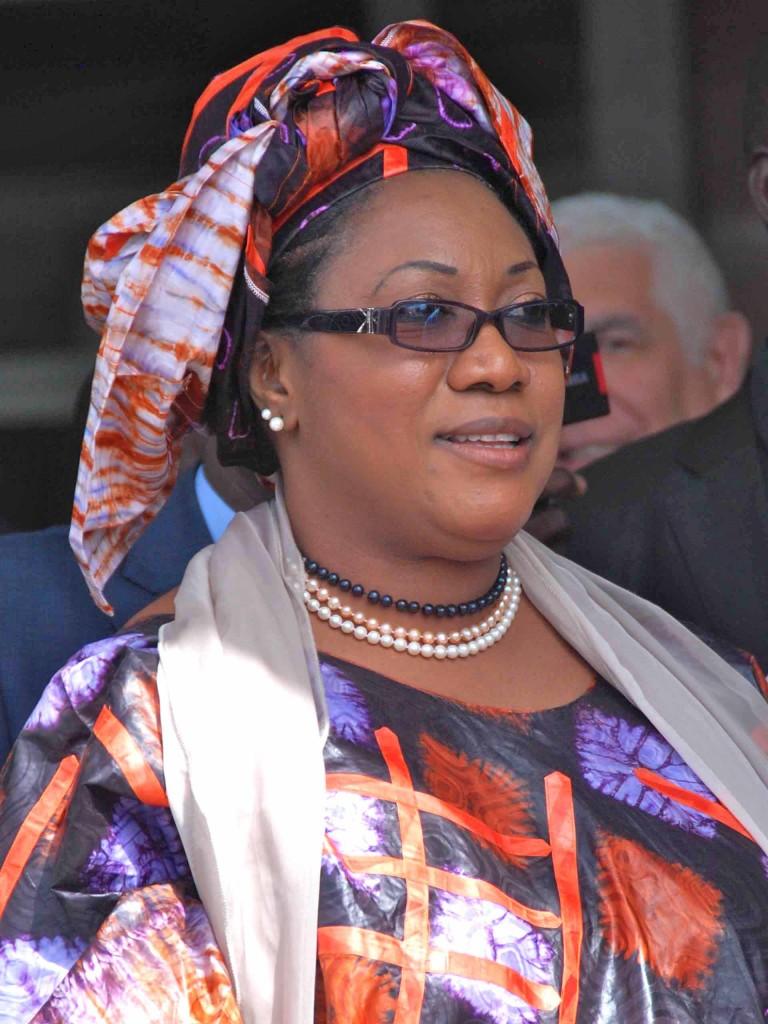 Esposa del Primer Ministro de Senegal.