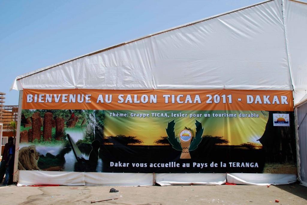 Una de las carpas del Salón de Turismo de Dakar