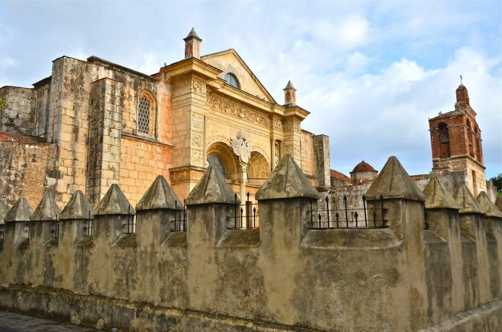 Catedral de Santo Domingo de Guamán. Copyright Hernando Reyes