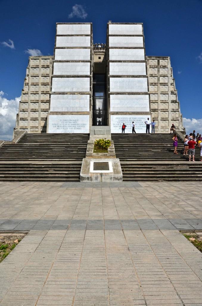 Fachada del Fuerte Colon. Santo Domingo, República Dominicana. Copyright Hernando Reyes.