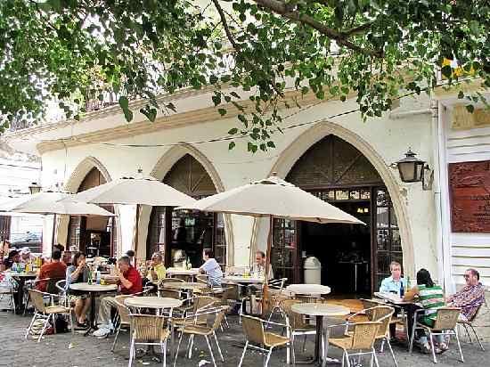 Terraza del Restaurante El Conde, Santo Domingo, República Dominicana.